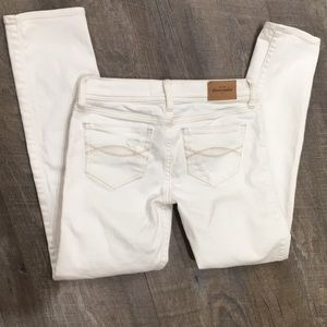 Abercrombie kids off white jeans w distressing